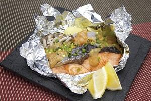 鮭のチャンチャン焼き風包み焼